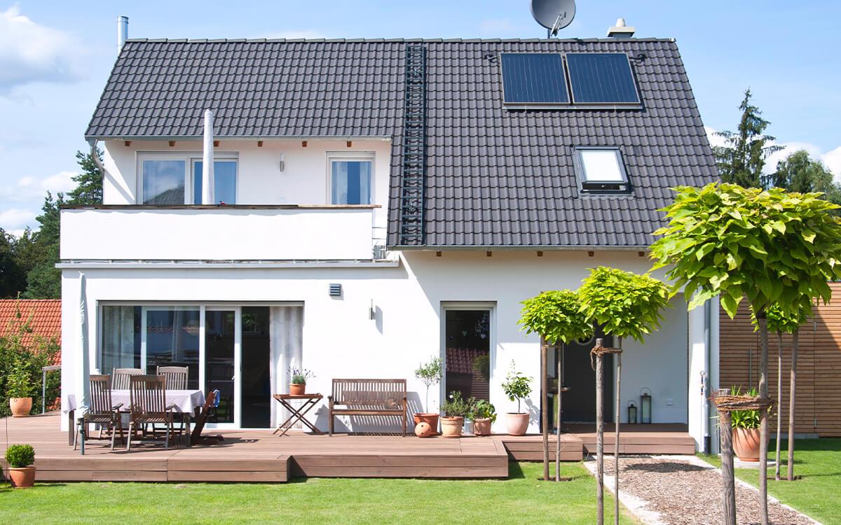 Als Hausbesitzer müssen Sie vor allem in Sachen Sanierung einige Pflichten beachten.